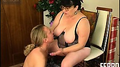Anthony C is on his knees munching Victoria C's chubby cunt then she blows him