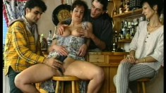 Mature lady adores when people watch her take a deep drilling