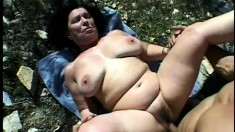 BBW Blue Iris and friend outdoors in a threesome with her getting drilled