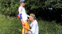 Naughty twinks exploring their gay desires and needs in the outdoors