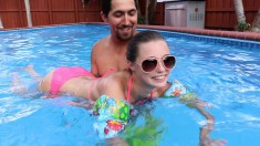 Seductive Babe Drops Her Pink Bikini And Fucks A Big Dick By The Pool