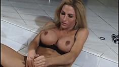 Blonde tranny with big boobs and long legs Anna Alexandre masturbates