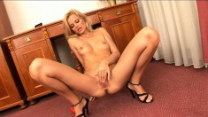 Sophia Paris uses her pussy beads to get off and fingers her hole