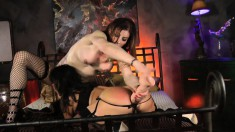 Jasmine Jewels and Ava in a tranny versus pussy love session
