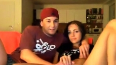Hot Teen Couple perform on Webcam 2