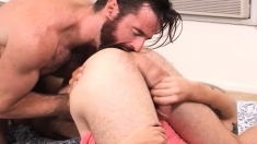 Hairy Stud Rims And Fucks A Blonde Twink Bareback